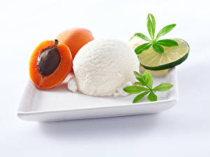 Картинка Сладости Мороженое Абрикос Лимоны Белый фон Шар