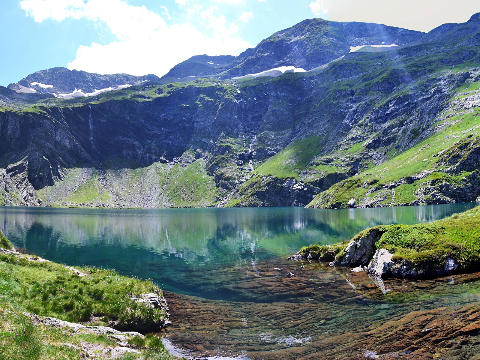 Картинка альп Италия Val Gardena гора Природа Озеро мха 1600x1200 Альпы Горы Мох мхом