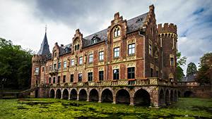 Картинки Германия Пруд Дворец Paffendorf Palace Bergheim