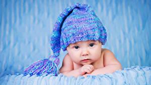 Картинка Грудной ребёнок Шапка Взгляд Дети