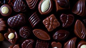 Картинки Сладкая еда Конфеты Шоколад Вблизи