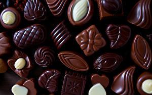 Картинки Сладкая еда Конфеты Шоколад Вблизи Пища