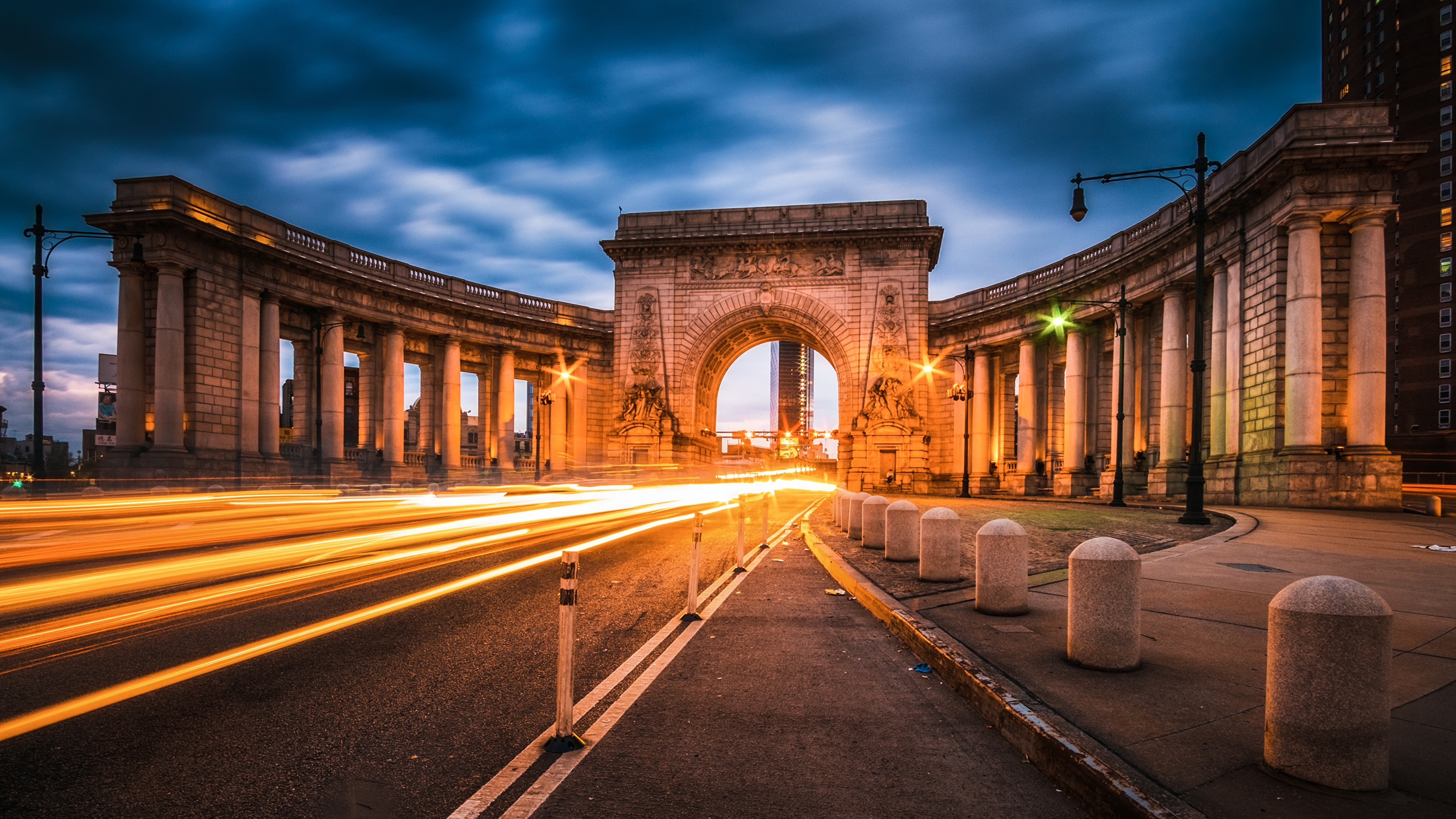Картинки Манхэттен США Арка Manhattan Bridge Дороги Вечер город 3840x2160 штаты америка арки Города