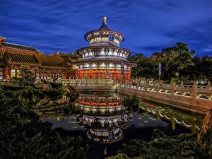 Картинки Мосты Пруд США Ночные Флорида Walt Disney World, China Pavilion, Orlando город