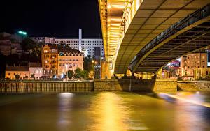 Картинки Река Здания Мосты Белград Сербия В ночи Города