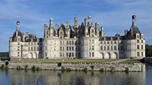Фото Замки Река Франция Памятники Chambord castle, Loire river
