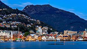 Обои Норвегия Дома Реки Пирсы Горы Берген Города