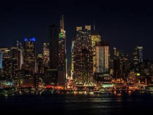 Фотографии США Небоскребы Манхэттен Нью-Йорк Ночь Мегаполис Города