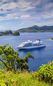 Фотографии Пейзаж Круизный лайнер Залив Холмы Guadeloupe