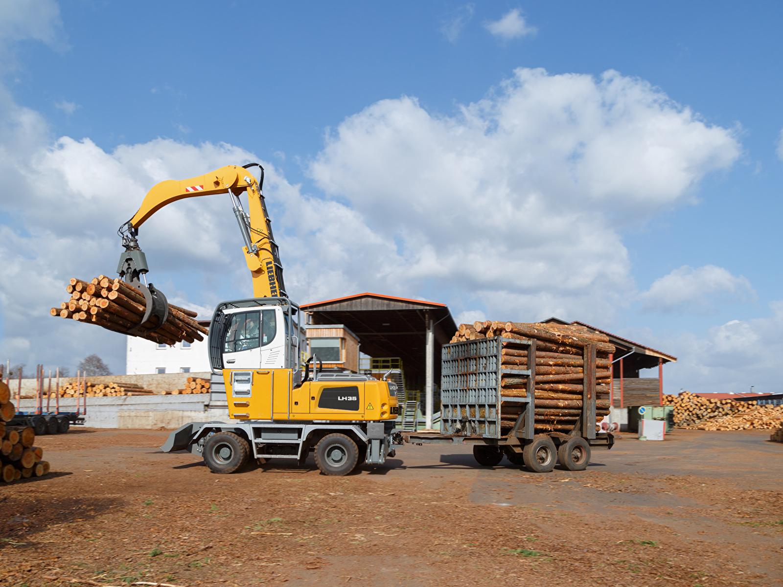 Обои для рабочего стола Форвардер 2015-17 Liebherr LH 35 M Timber Litronic Бревна 1600x1200 бревно