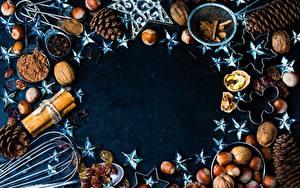 Фото Орехи Рождество Шишка Звездочки Какао порошок