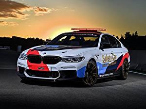Обои BMW Тюнинг Белые 2018 M5 MotoGP Safety Car машина