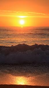 Обои Волны Рассветы и закаты Пляж