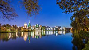 Фотографии Россия Москва Храмы Монастырь Речка Вечер Novodevichy Convent Города