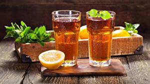 Картинки Напитки Лимоны Лимонад Доски Разделочной доске Стакана Двое Пища