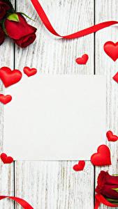 Обои День святого Валентина Роза Доски Сердце Ленточка Шаблон поздравительной открытки Красный Цветы