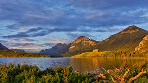 Фотография Канада Осенние Парки Озеро Горы Waterton Park Природа