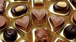 Фото Сладкая еда Конфеты Шоколад Серце