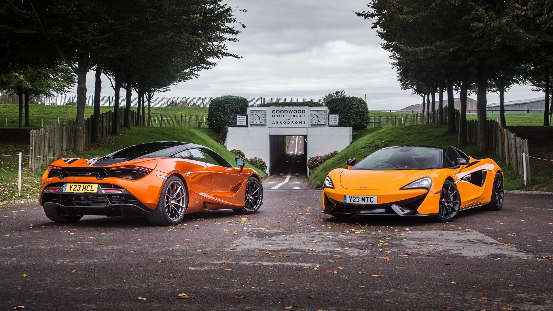 Фотография McLaren Двое Оранжевый Машины Металлик 1920x1080 Макларен 2 вдвоем оранжевых оранжевая оранжевые Авто Автомобили