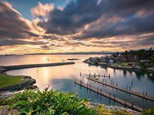 Фотография Канада Побережье Здания Пристань Вечер Озеро Облака British Columbia Природа