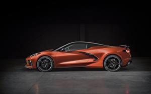 Фото Шевроле Сбоку Металлик Corvette Stingray 2020 C8 авто