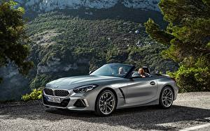 Обои для рабочего стола BMW BMW Z4 Родстер Серебряная Металлик Z4, M40i, Z4, 2019, G29 машины