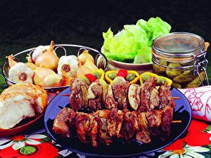 Фото Мясные продукты Шашлык Лук репчатый Банка Пища