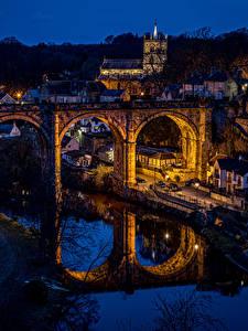 Фото Англия Здания Речка Мосты Отражается Ночью Knaresborough Города
