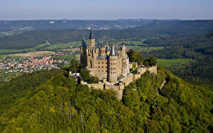 Картинка Замок Германия Крепость Холм Hohenzollern Castle, Baden-Württemberg город
