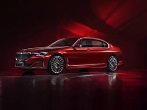 Картинки BMW Красных Металлик G12, 7-series, 2019 Автомобили