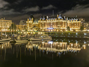 Фотографии Канада Здания Речка Пристань Речные суда Катера Downtown Victoria Города