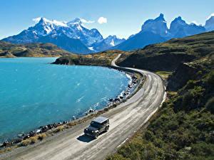 Картинки Чили Гора Озеро Дороги Pehoe Lake Patagonia