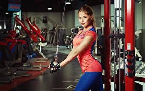 Фотографии Фитнес Шатенка Красивые Nikolas Verano Девушки Спорт