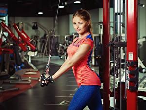 Фотографии Фитнес Шатенки Красивая Nikolas Verano молодая женщина Спорт