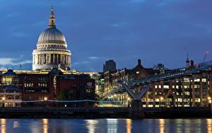 Фотографии Великобритания Здания Речка Мост Лондон Ночные