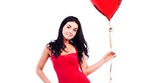 Обои День всех влюблённых Белом фоне Брюнетка Воздушным шариком Сердца Платье Рука молодая женщина