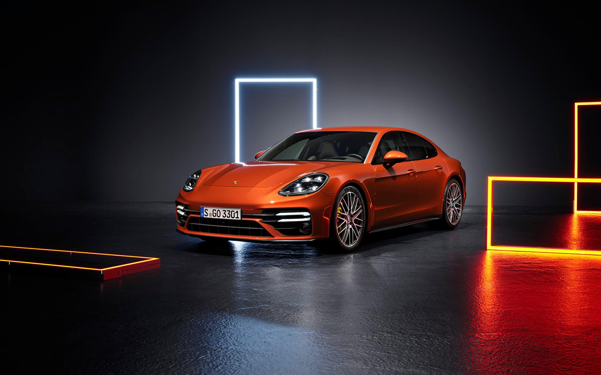Фото Порше Panamera Turbo S (971), 2020 оранжевые машина Металлик 1920x1200 Porsche оранжевая Оранжевый оранжевых авто машины Автомобили автомобиль