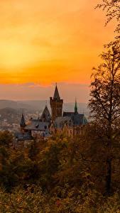 Картинки Германия Замок Осенние Рассветы и закаты Wernigerode город
