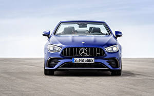 Фото Mercedes-Benz Кабриолета Синих Металлик Спереди E 53 4MATIC, Cabrio Worldwide, A238, 2020 автомобиль