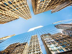 Обои Небоскребы Здания Небо Америка Вид снизу Стекло Отражение Нью-Йорк Манхэттен Города