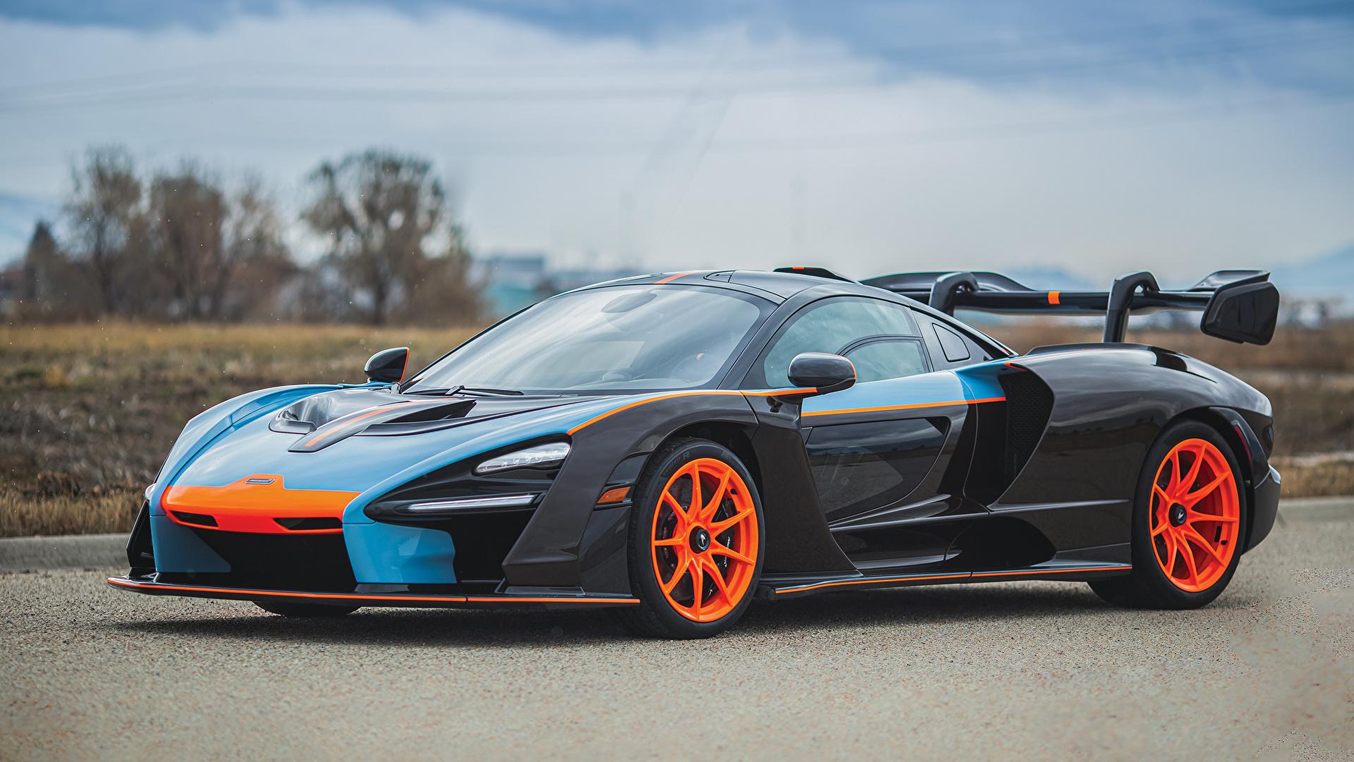 Картинки Макларен 2019 MSO Senna Gulf Oil Theme Черный Металлик автомобиль 1920x1080 McLaren черных черные черная авто машина машины Автомобили