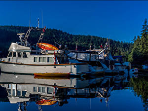 Картинка Канада Пирсы Катера Вечер Отражение Coombe British Columbia