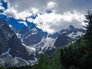 Картинки Горы Словакия Пейзаж Утес Снег Облака Tatra mountains Природа