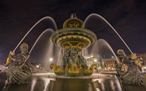 Обои Франция Фонтаны Скульптуры Париж Уличные фонари Ночные Fontaine des Mers Города
