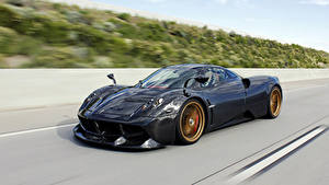 Обои Пагани Черная Металлик Едущий 2016 Huayra Pacchetto Tempesta Автомобили