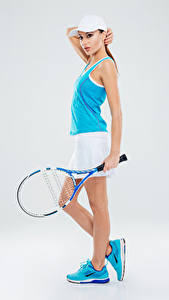 Фотография Теннис Серый фон Униформа Майка Кроссовки Девушки Спорт