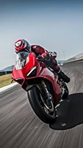 Обои Ducati Движение Красная 2018 Panigale V4 S Panigale мотоцикл