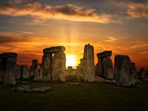 Картинки Рассветы и закаты Англия Камин Wiltshire, Stonehenge Природа