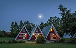 Фотография Германия Дома Дизайна Ночные Луна Уличные фонари Города