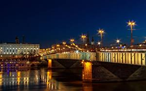 Фотография Австрия Речка Мосты Ночь Фонари Гирлянда Linz, Danube город